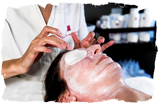 Estetica Elisa - Centro estetico Sacile - Maschera con Skin Bright defender