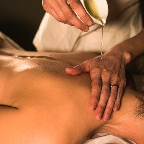 Massaggio con candela 1