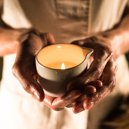 Massaggio con candela 4